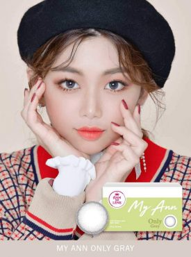 A Cute girl wears Ann365 MY ANN Only Gray Color contact lens