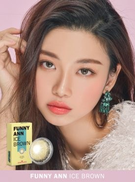 A beautiful woman wears Ann365 Funny ANN Ice Brown Colored Contact lenses